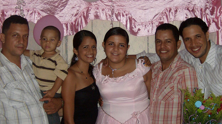 Carmen Torres with three of her brothers, her sister and one of her nephews.