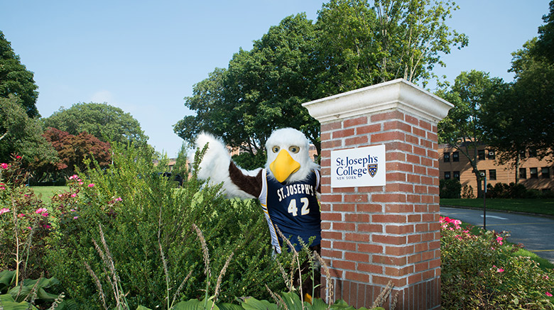 Hot Wyngz ready to welcome students for the fall 2020 semester.